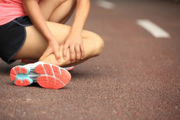 出典:http://womensrunning.competitor.com/2015/05/health-wellness/injury-prevention/dont-stop-how-to-ease-shin-pain-during-a-run_40399#uRWfJG27ysWEC2Fw.97