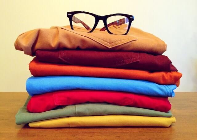 clothing-964878_640-min