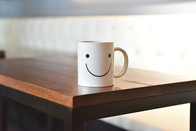 smile-2001662_640-min