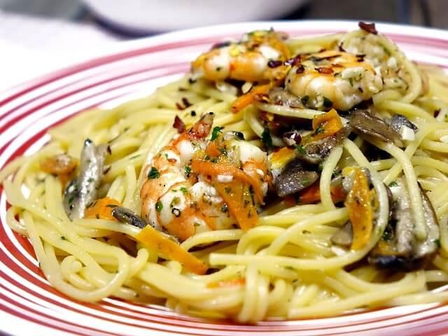 spaghetti-1747794_640-min