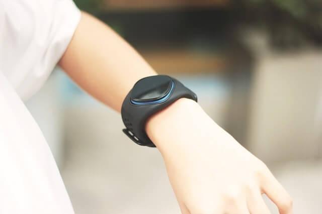 sports-watch-1823865_640-min