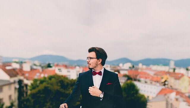 suit-691849_640-min