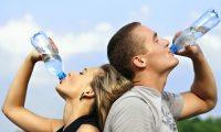 ランニング時の効果的な水分補給の方法