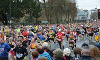 マラソン大会のゼッケンの正しい位置や付け方