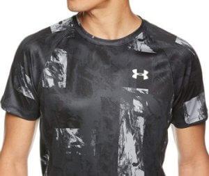 柄物のランニングシャツ