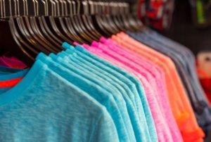 ポリエステル素材のランニングシャツ