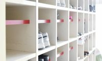 通学時の運動靴におすすめ!真っ白のランニングシューズ7選