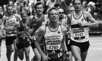 マラソンの重要指標VO2MAXの年齢別の平均値と測定方法