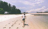 """砂浜を走る""""ビーチランニング""""の5つの効果と注意すべき3つのデメリット"""