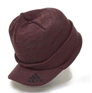 ウォーキングに最適なツバ付きニット帽