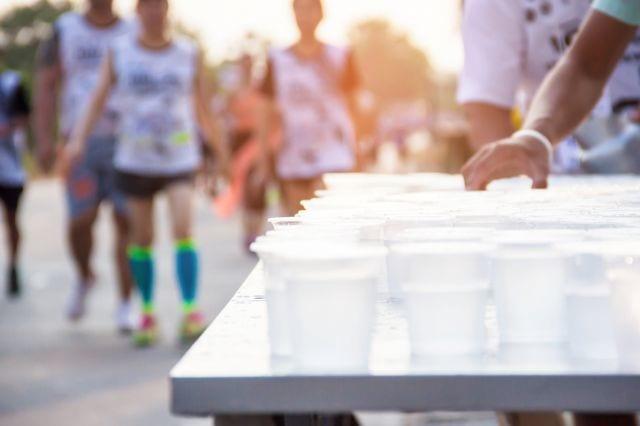 マラソン大会の給水所