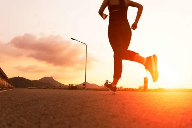 長距離を走る人