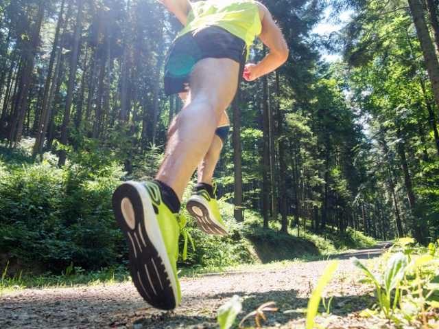 マラソントレーニングに励むランナー