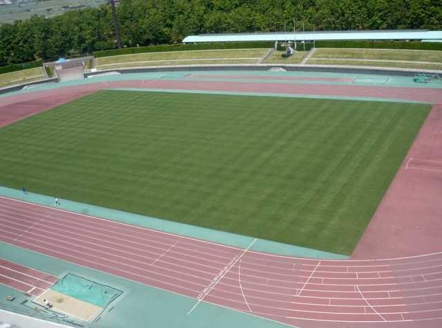 鳥取県立布勢総合運動公園陸上競技場