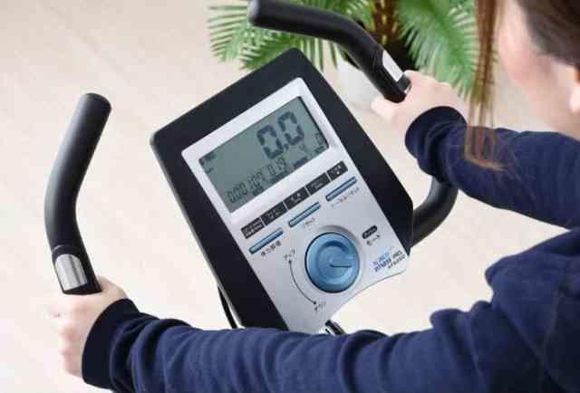 心拍計付エアロバイクのグリップセンサー